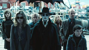 "DSTF-0107rv2 (L-r) BELLA HEATHCOTE as Victoria Winters, MICHELLE PFEIFFER as Elizabeth Collins Stoddard, JACKIE EARLE HALEY as Willie Loomis, JOHNNY DEPP as Barnabas Collins, CHLOË GRACE MORETZ as Carolyn Stoddard, JONNY LEE MILLER as Roger Collins, and GULLY McGRATH as David Collins in Warner Bros. Pictures' and Village Roadshow Pictures' ""DARK SHADOWS,"" a Warner Bros. Pictures release."
